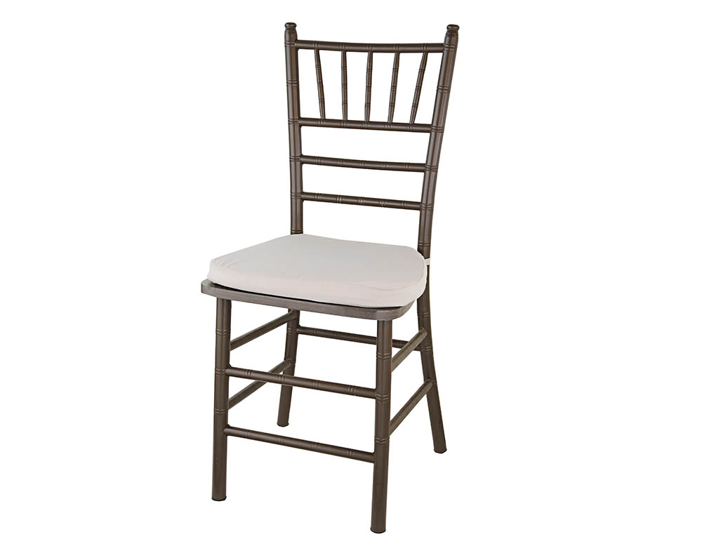 cadeira tiffany marrom de resina