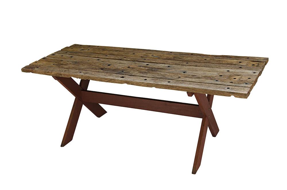 mesa cavalete em x com madeira rústica